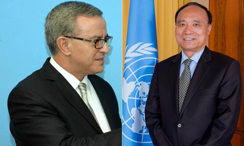 Ambasciatore che rappresenta il Marocco presso le Nazioni Unite a Ginevra Mohamed Auajjar e  Il segretario generale dell'Unione internazionale delle telecomunicazioni (UIT), Houlin Zhao