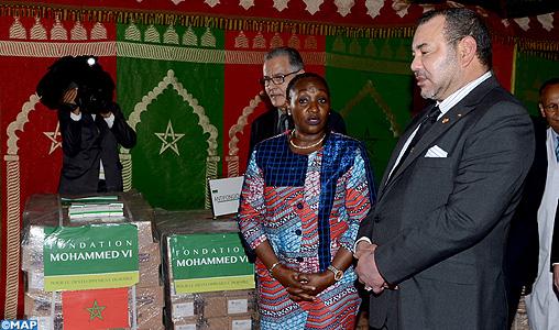 Abidjan: SM Il Re Mohammed VI dona due tonnellate di medicinali al centro ospedaliero CHU