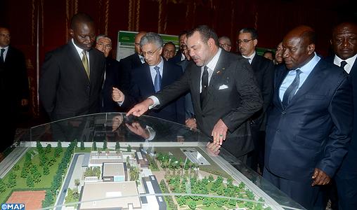 SM il Re lancia i lavori per la costruzione di un complesso di formazione professionale nei mestieri dell'edilizia e del turismo