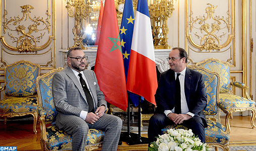 Rencontre-entre-SM-Le-Roi-et-le-président-Hollande-à-lElysée-M-1