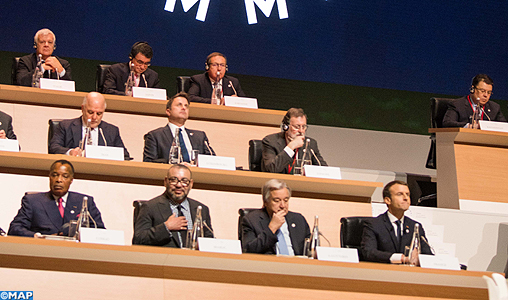 SM-le-Roi-Sommet-international-sur-le-climat-One-Planet-Summit-Exp