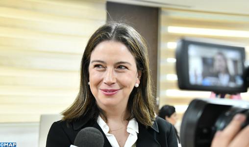 La vice-ministre colombienne des Affaires multilatérales, Mme Adriana Mejia Hernandez donne une déclaration à la presse MH